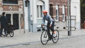 フェルトの新型ARに105モデル 最新エアロロードが…|道をふさぐカップルを自転車で追い越したら すみません…|Snow Man宮舘涼太 デビュー後初のバラエティー…|他
