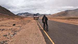 編集部イチオシ記事 僕らを英雄のように歓迎してくれた…|トレック・セガフレードのチームキット 高性能ジャージ…|放置自転車が最悪の名古屋市 撤去効率化へ実験…撮影し…|他