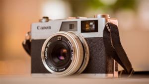 私も撮りたい 貸して! と言われて娘にカメラを渡したら―― 26万いいねを集めた衝撃写真を御覧ください(ねとらぼ)