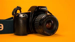 こういうのを待ってたと沸き立ったカメラ SIGMA …|衝撃の登場から約1年 新たな活躍の場も――異色のフル…|レトロな カメラフィルム が高く売れる!理由はキャン…