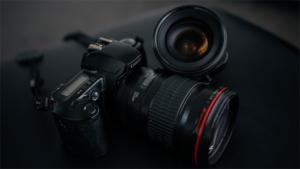72%オフも!Amazonタイムセールで ミラーレス…|パナソニック LUMIX DC-G100V 4K …|3眼カメラとアプリで日常を3D撮影♡新感覚レトロカメ…|他