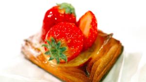 チョコ味スイーツ多彩に 百貨店バレンタイン商戦スタート|受け継がれる郷土料理 豆腐もち …現代風アレンジ…|おいしいケーキが自慢!下北沢のスイーツが有名なカフェ…|他